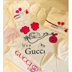 Saída Maternidade Gucci